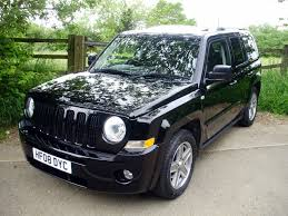 jeep patriot 2 0 crd view of jeep patriot 2 0 limited diesel photos features
