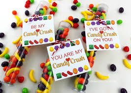 candy valentines candy crush free printable tags oh my creative