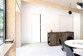 deco bois brut une extension contemporaine en bois brut