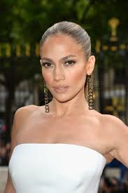 celebrity women s pubic hair 20 celebrity pubic hairstyles how celebs style their pubic hair