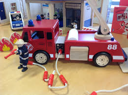 Fire Truck Bunk Bed Blueprints For The Train Bunk Bed Idolza