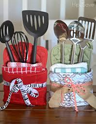 kitchen gift basket ideas 10 diy cheap gift ideas from the dollar store 10