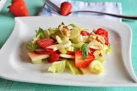 insalata di sedano e mele sedano e fragole un insalata contro il colesterolo insalatamente