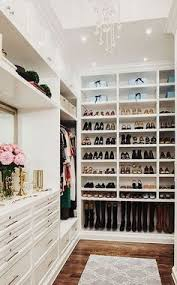 Kylie Jenner Inspired Bedroom Kylie Jenner U0027s Walk In Shoe Closet Is Straight Out Of Your Dreams