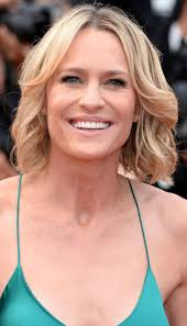 short flip for thin hair 34 best hairstyles for thin hair haircuts for women with fine or