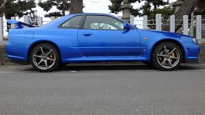 nissan sports car blue skyline gtr for sale in japan jdm expo import skyline nsx supra rx7