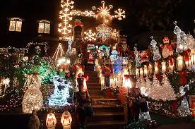 dyker heights holiday lights dyker heights christmas lights according 2 g