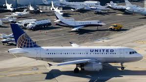 united airlines fees united airlines computer problem causes delays cnn