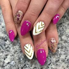 45 glamorous stiletto nail designs to obsess over should you
