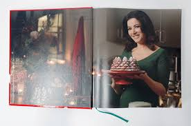 nigella christmas nigella lawson 9780701189167 amazon com books