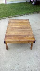 Diy Wooden Pallet Coffee Table by Wood Pallet Coffee Table On Wheels Pallet Furniture