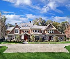 traditional home style 17 classic traditional home exterior designs you ll adore