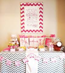Table Party Decorations Best 25 Yoga Party Ideas On Pinterest Yoga Garden Childrens