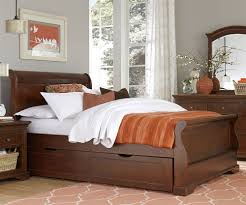 Oak Sleigh Bed Twin Cherry Sleigh Bed Cream Oak Wood Flooring Black Fur Rug Black