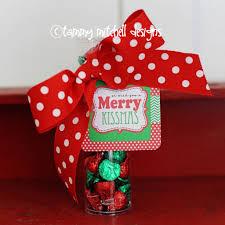 freebie free printable tag we wish you a merry kissmas