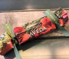 christmas crackers aveda christmas crackers 2017 festive hair treats