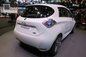 renault zoe electric new renault zoe paves the way for longer range nissan leaf motor