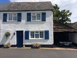 2 bedroom cottage e5815 charming 2 bedroom cottage in sidford south