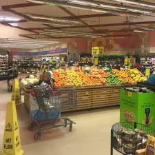 hannaford grocery 49 topsham fair mall topsham me phone