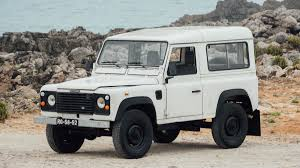 land rover vintage defender get behind the wheel of this land rover defender for just 7 500