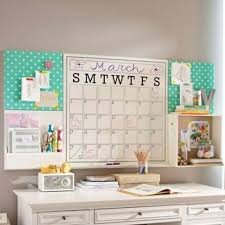 dorm room wall decor ideas best 20 dorm room pictures ideas on