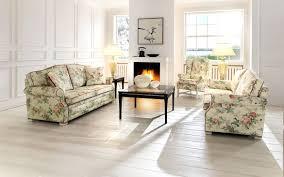 Wohnzimmer Deko Landhausstil Klassische Sofas Im Landhausstil Home Design Ideas