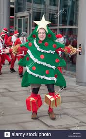christmas tree costume london santacon london 2010 wearing a christmas tree