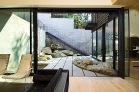 houses with courtyards courtyard house on a steep site by hutchison maul