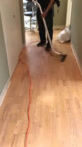 laminate floor vacuuming
