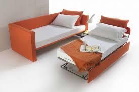 divanetto letto divanetti letto great botticelli divano letto rustico in legno