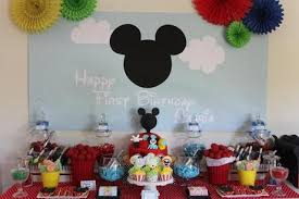 mickey mouse table l pin by delicrafts by chatie on mickey mouse clubhouse themed party