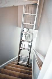 How To Paint Stair Banisters Paint It Proper How To Paint A Tall Stairwell Grey House Harbor