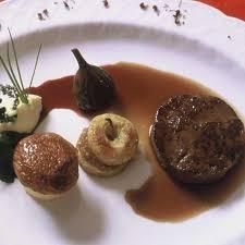 cuisine sucré salé recette tournedos de lièvre en sucré salé cuisine madame figaro