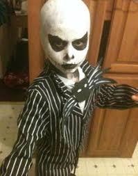 Creepiest Halloween Costumes Diy Halloween Pun Costume Killer Bee Halloween Costume Pun
