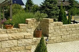 Steine Fur Gartenmauer Steinmauer Garten Mediterran U2013 Godsriddle Info