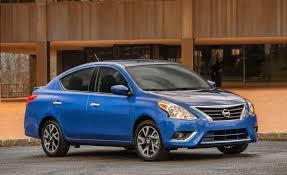 nissan versa reviews 2017 2017 nissan versa 4 door sedan pictures photo gallery car and