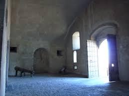 ingresso s file napoli castel s elmo androne ingresso 1050145 jpg wikimedia