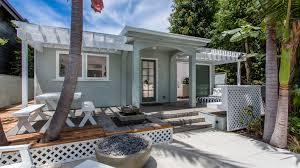 venice beach bungalow home decorating interior design bath