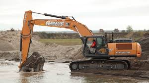 cx350d excavator provides speed and power for family business case