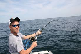 why you need to have the right pole while deep sea fishing