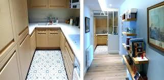 cuisine pose gratuite cuisine avec pose pied plan de travail cuisine poser un plan de