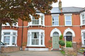 Four Bedroom Houses 4 Bedroom Property For Sale In Craigton Road London Se9 Guide