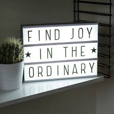 spell your own message cinema lightbox by berylune