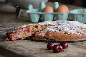 cannelle cuisine tuto gâteau grand mère aux cerises amandes et cannelle