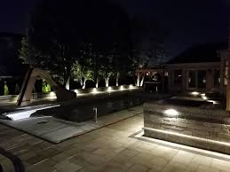 How To Choose Landscape Lighting Landscape Lighting Cutting Edge Landscape