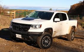 chevy colorado lowered 2017 chevrolet colorado zr2 life off or on the beaten path