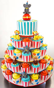 first birthday circus best 25 circus cupcakes ideas on pinterest circus theme