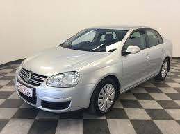 jetta volkswagen 2011 used vw jetta 1 6 trendline m t for sale