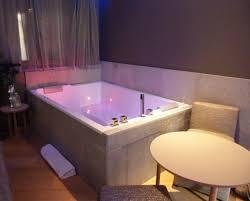 hotel baignoire dans la chambre une boutique hôtel dans le vieux lyon calme et volupté au