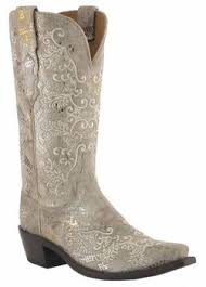 womens brown cowboy boots size 11 best 25 luchesse boots ideas on boots